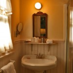 french violet bathroom